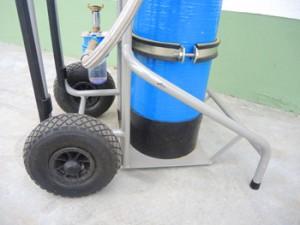 Alle mobilen Geräte zur Produktion von VE-Wasser verfügen über einen sicheren Umfallschutz